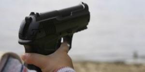 Florida, bimbo di 3 anni spara in faccia alla sorellina di 1 anno