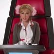 Christina Aguilera imita Britney Spears, Lady Gaga, Shakira, Cher e Miley Cyrus
