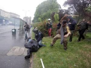 No Expo, Antonio D'Urso poliziotto pestato dai black bloc: arrestato un 28enne
