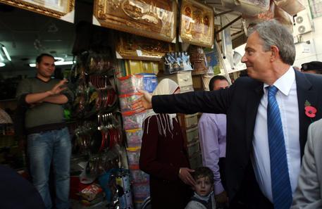 Medio Oriente, Tony Blair annuncia dimissioni da inviato speciale