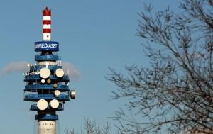 Finanza nella sede Ei Towers, proprietaria delle antenne Mediaset