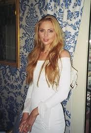 """Ekaterina Parfenova, ex miss russa: terzo divorzio, vuole 3mln. Poi """"nuovo marito"""""""