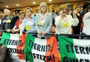 """Processo Eternit bis, Schmidheiny: """"Violati i diritti umani"""""""