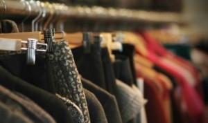 Napoli, mette alluminio nella borsa per rubare nei negozi: scoperta e fermata
