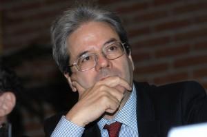 """Libia, Paolo Gentiloni: """"Incursioni mirate su coste e azioni navali"""""""