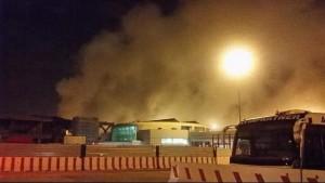 Fiumicino, incendio aeroporto. Quadro elettrico tilt, 400mq di negozi distrutti