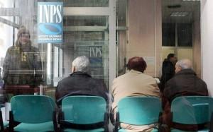 Pensioni, soldi, contributi...Perchè pagano solo i pensionati