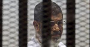 Egitto, Morsi condannato a morte: organizzò evasione coi Fratelli Musulmani