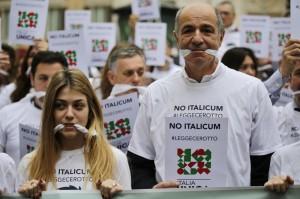 """No Expo e black bloc. Corrado Passera: """"A volto coperto e bastoni nessun corteo"""""""