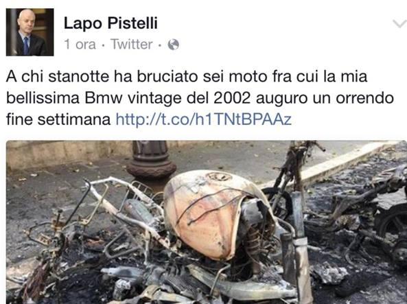Lapo Pistelli ministro, gli bruciano la moto. Risponde su Twitter: Il we li ferisca