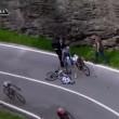 VIDEO YouTube, Domenico Pozzovivo cade sbattendo testa a terra al Giro d'Italia 02
