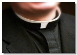 """Don Dino, prete accusato di pedofilia, e la """"porno Bibbia con 12 bimbi apostoli"""""""