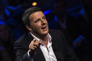 """Pensioni, Renzi: """"Da 1 agosto restituiremo 500 euro a 4mln pensionati"""""""