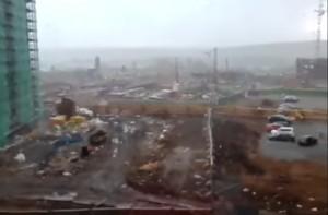 Russia, gru crolla per forte vento: muore una donna