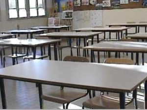 Sciopero scuola 5 maggio: prof e studenti in piazza, milioni di bambini a casa
