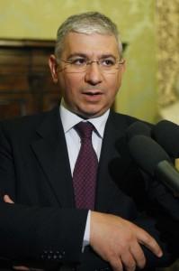 """""""Zoccola"""", in aula si può dire: impunito Francesco Sanna (Pd)"""