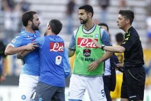 """Parma-Napoli, Mirante: """"Sms da Higuain, mercoledì spiegherò cosa è successo"""""""