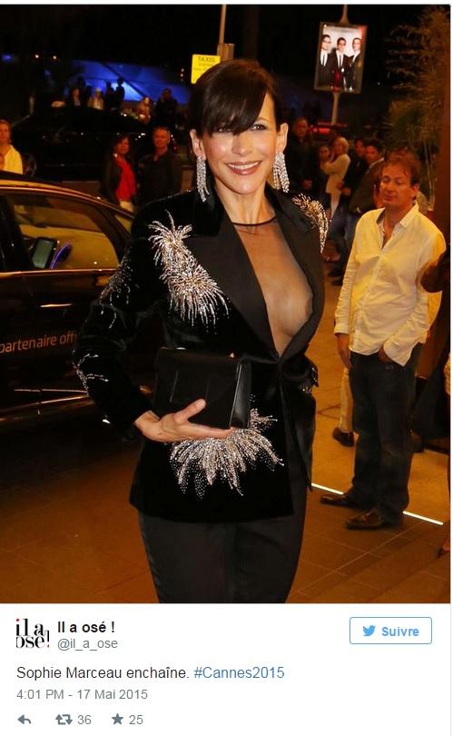 Cannes, Sophie Marceau, dopo le mutande mostra un seno