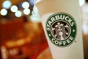 Usa: caffè Starbucks si rovescia e lo ustiona. Poliziotto fa causa