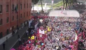VIDEO YouTube, LIVE Race for the cure 2015: di corsa contro il cancro
