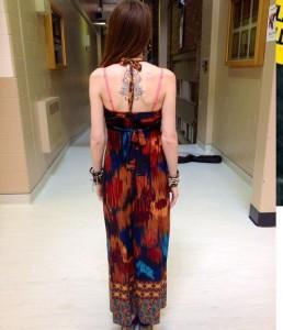 Il vestito incriminato (foto Facebook)