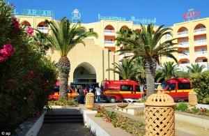 """Tunisia, premier ordina chiusura di 80 moschee: """"Diffondono odio"""""""