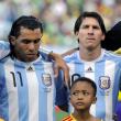 """Carlos Tevez: """"Calcio noioso a volte ma Messi non si può non amare"""""""