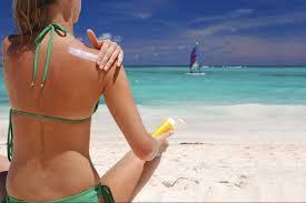 Danni del sole d'estate: pelle invecchiata e cancro. Come proteggersi