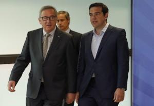 Grecia, ecco cosa aveva proposto il governo Tsipras: 8 miliardi di tagli e tasse