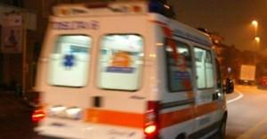 Annuncia suicidio, amico su Facebook le salva la vita: aveva ingerito farmaci