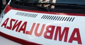 Napoli, tombino senza copertura: bambina di 6 mesi cade dalla carrozzina