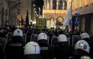 Manifestazione oppositori del Fpoe