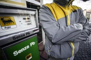 Sciopero benzina 24-25 giugno sospeso