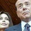 Berlusconi a Veronica Lario: assegno 1,4 mln mese. Lui li deduce, a lei 45% Irpef