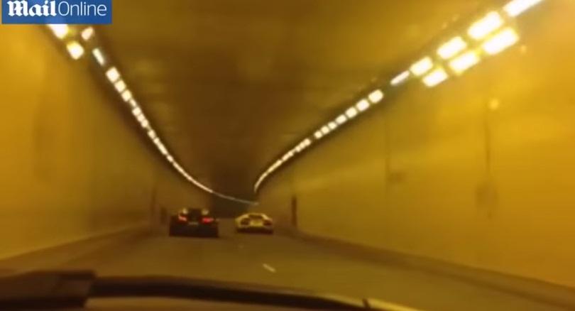 VIDEO YouTube - Bugatti contro Lamborghini, gara folle di velocità per strada
