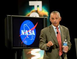 """Nasa, Charles Bolden: """"Entro 2030 andremo su Marte, ci resteremo almeno un anno"""""""