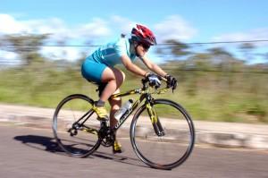 Natalino Rosa Fauzza, ciclista rompe freno e cade dalla bici: gravissimo