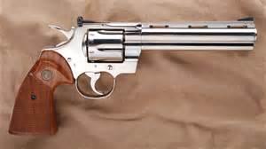 Una pistola a tamburo della Colt