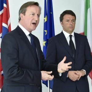 """Gb, David Cameron: """"No ai migranti, da noi solo Gb, David Cameron: """"No ai migranti, da noi solo risorse""""risorse"""""""