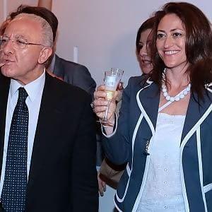 Maddalena Cantisani, compagna Vincenzo De Luca rinviata a giudizio per abuso d'ufficio