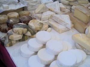 """Ue: """"Italia produca formaggi con latte in polvere"""""""