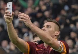 Francesco Totti finisce sul Guardian per gli affitti stellari sugli alloggi popolari