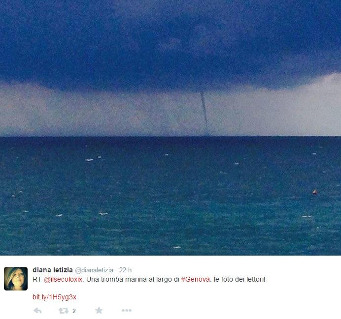 Genova, temporali in arrivo. La foto della tromba d'aria sul mare