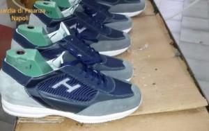 Napoli, false scarpe Hogan: laboratorio ne produceva 1300 al giorno