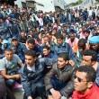 Migranti, irruzione di massa nel sistema radio-tv