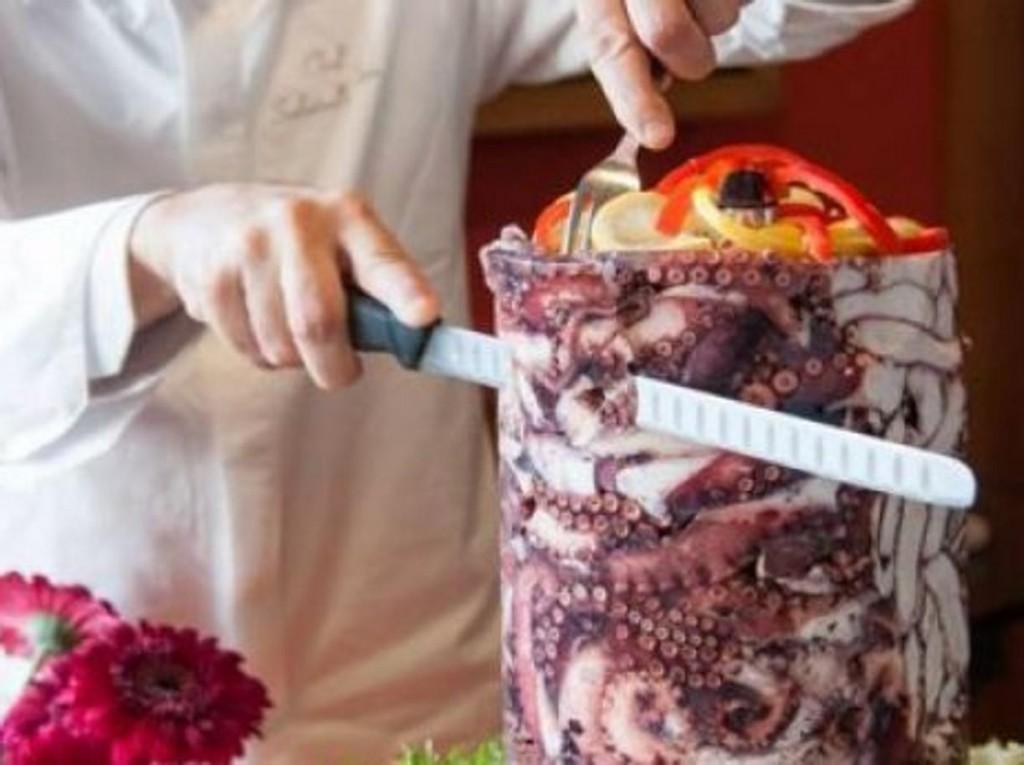 Kepurp, l'insalata di pollo che si serve come il kebab FOTO