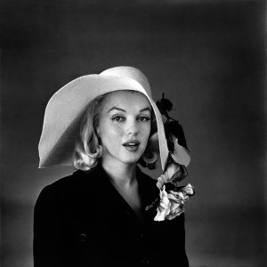 """Marilyn Monroe, becchini che la trovarono: """"Con la ricrescita e i seni cadenti"""""""