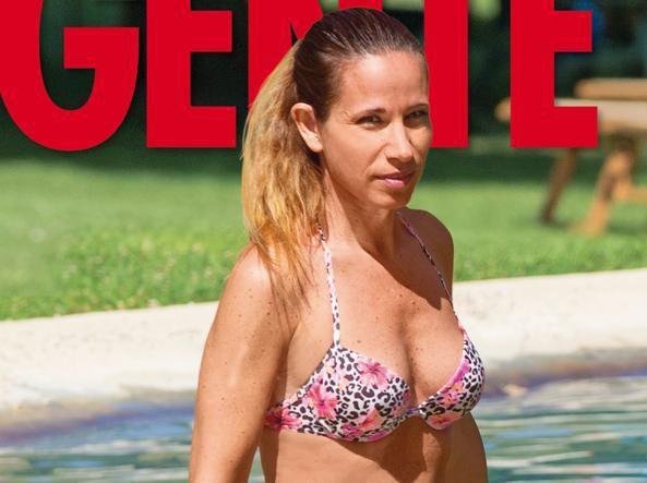 Marita Comi in bikini su Gente FOTO Mentre inizia il processo a Bossetti...