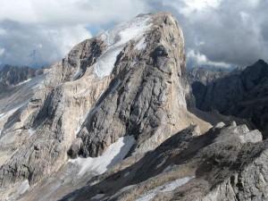 Marmolada, fulmine su escursionisti: un morto e un ferito