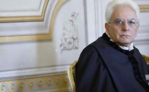"""Mattarella al Csm: """"Paese ci chiede giustizia veloce"""""""